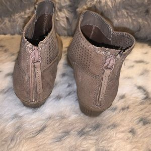 Girls Justice Tan Booties size 4